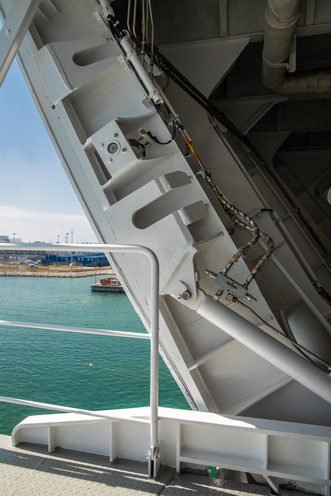 Side Doors, Access and Handling Systems for Passengers vessels, Navy and special applications for the marine field - Navim Group